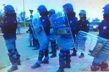 Polizia fuori dal Sant'Elia per Cagliari-Juventus