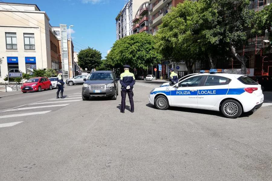 Cagliari, minorenne aggredito da un gruppo di ragazzi
