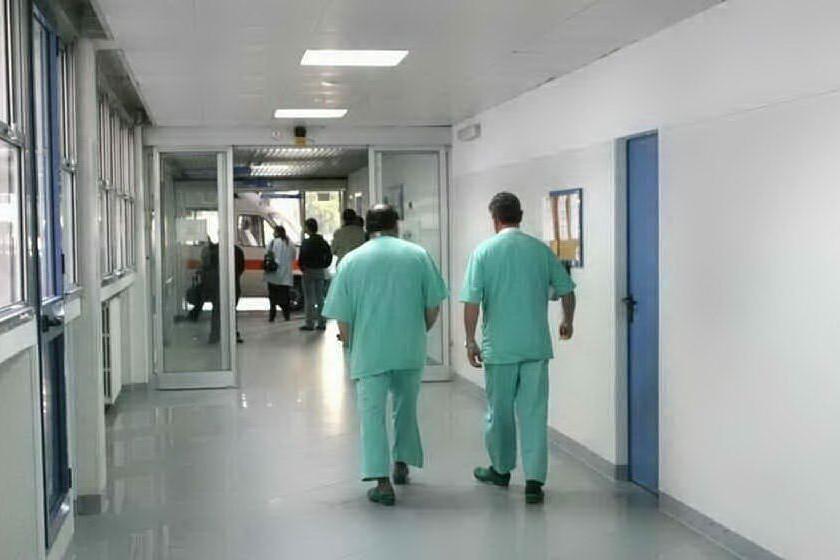 Medici, infermieri e personale amministrativo: 121 assunzioni in Sardegna
