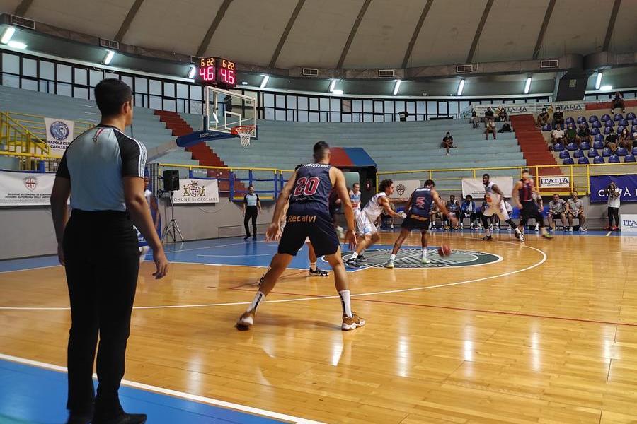 Il Baskonia batte il Napoli ed è la prima finalista del City of Cagliari