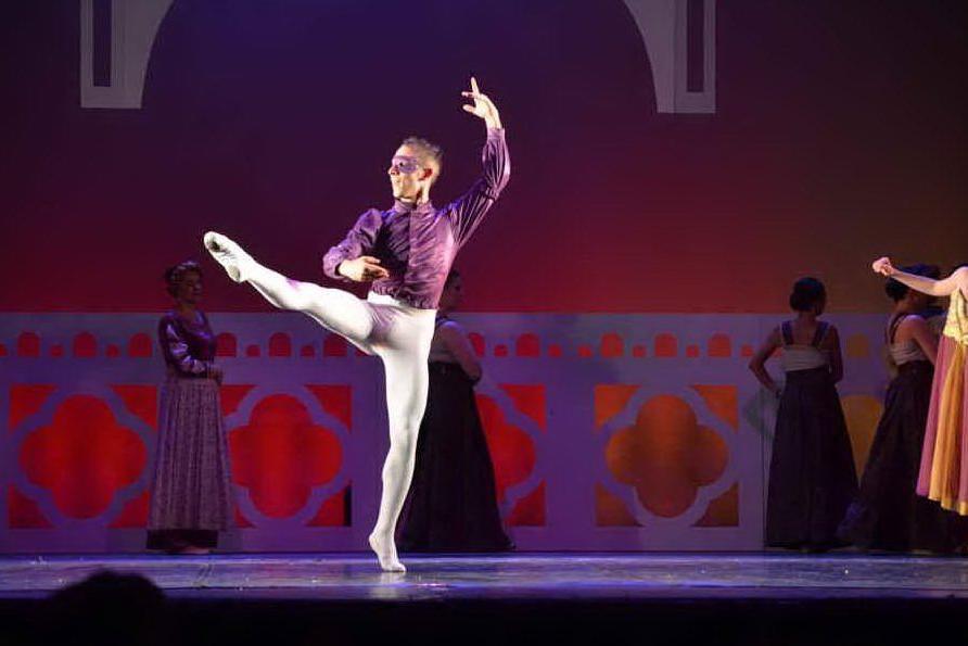 """""""Cherofobia"""": Borore, Alex Salaris racconta a passi di danza i disturbi di personalità"""