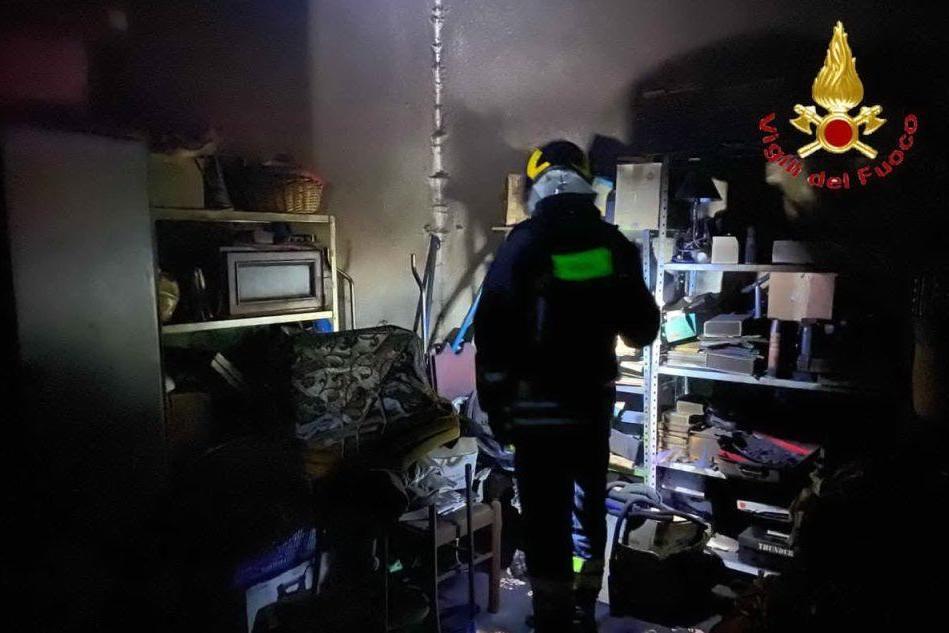 Fuga di gas e incendio in casa a Ollolai, un ferito