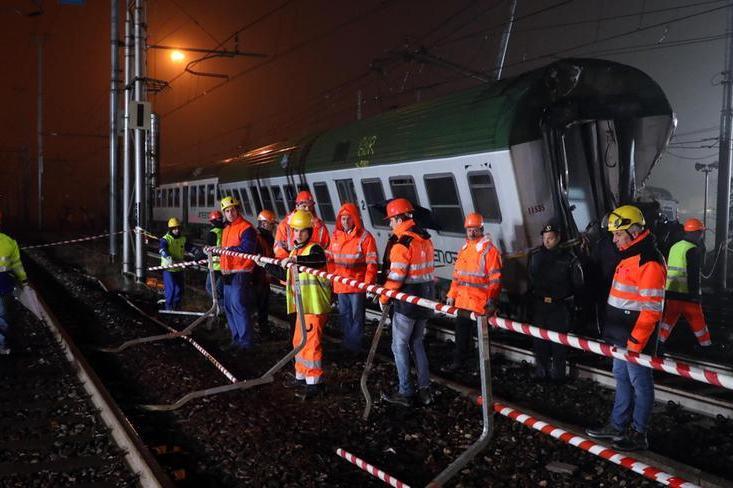 Treno deragliato a Pioltello, dieci persone vanno a processo