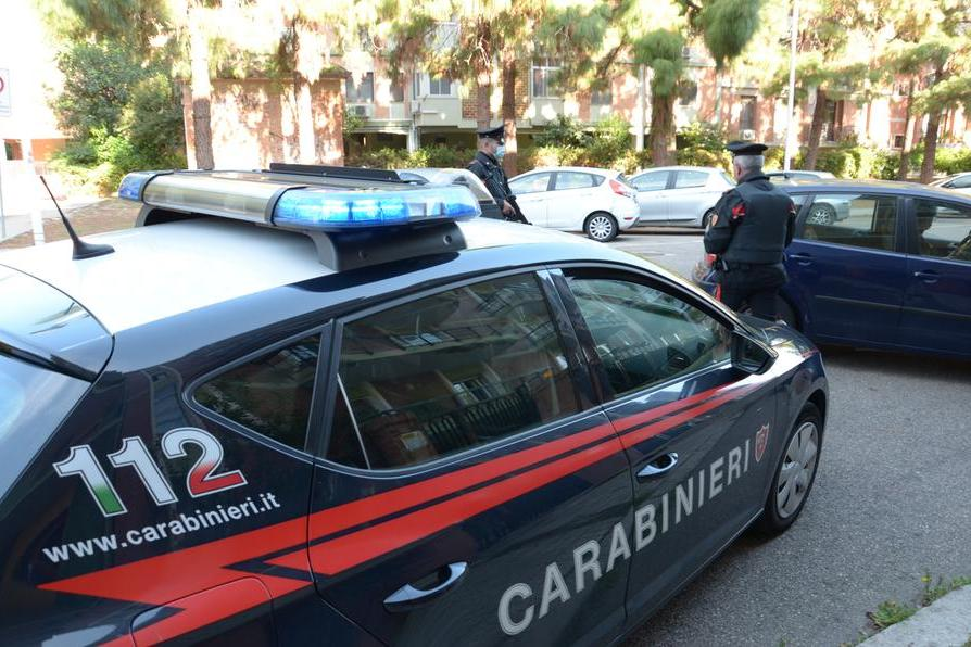 Cagliari, rapina il rivale in amore: 29enne denunciato
