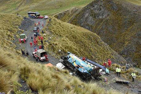 Un altro incidente di bus in Bolivia\u00A0(Ansa)