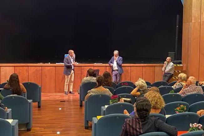 Covid, rinviata ad aprile la riapertura dei teatri dell'Isola