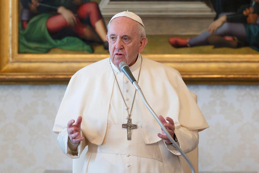 Covid, Papa Francescoha ricevuto la terza dose di vaccino