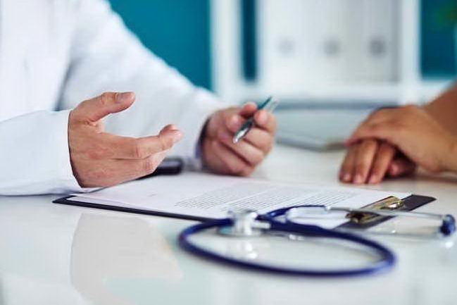 """I medici di base ai cittadini: """"È giunto il momento di mettersi in autolockdown"""""""
