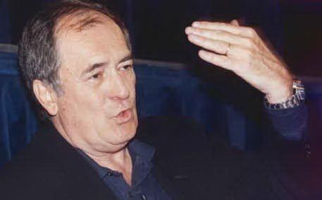Il celebre regista italiano muore a Roma all'età di 77 anni