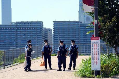 Tokyo, quarto positivo nel Villaggio olimpico. L'opinione pubblica giapponese non vuole più i Giochi