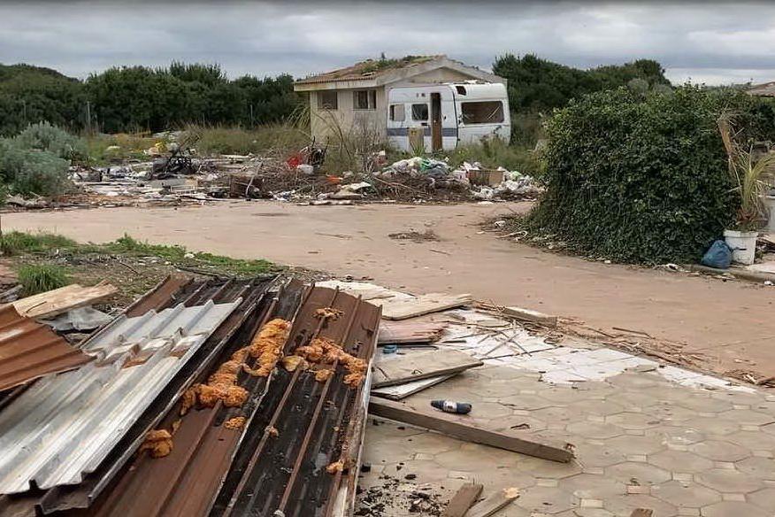 Porto Torres, deposito di gas naturale nel campo rom: è polemica