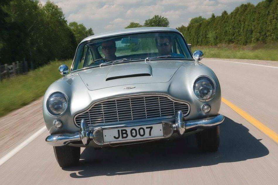 Aston Martin, l'auto di James Bond verso la Borsa di Londra