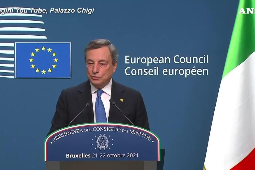 """Migranti, Draghi: """"Non siamo d'accordo sul finanziamento Ue per i muri"""""""