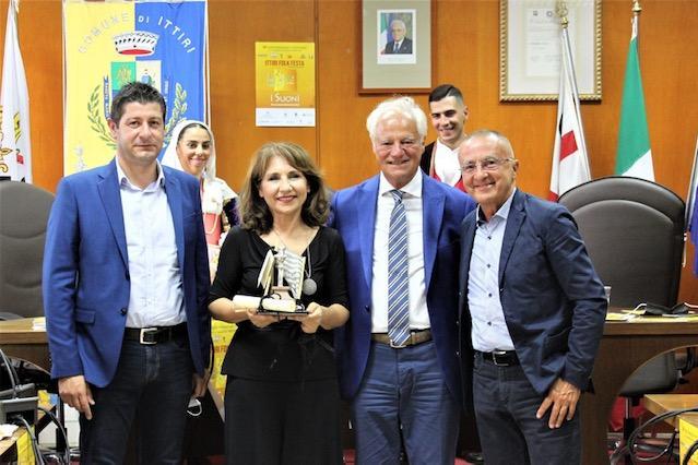 Ittiri Folk Festa, a Elena Ledda il premio Zenìas