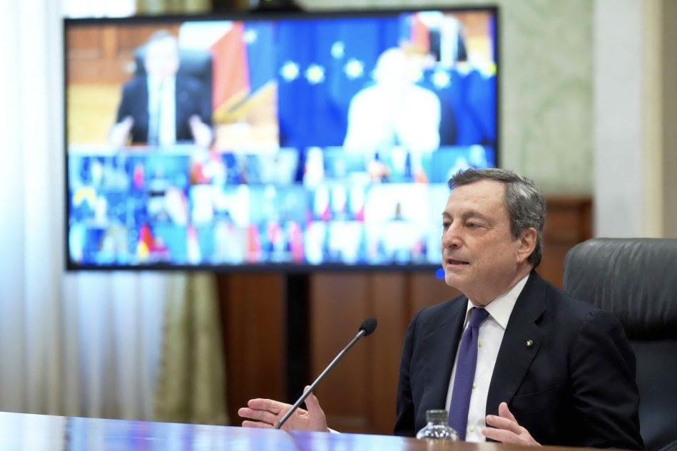 """Draghi: """"Gli europei ingannati da alcune case farmaceutiche"""""""
