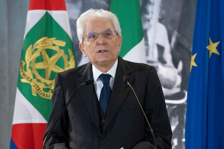 """Primo Maggio, Mattarella: """"Sarà il lavoro a portare l'Italia fuori dall'emergenza"""""""