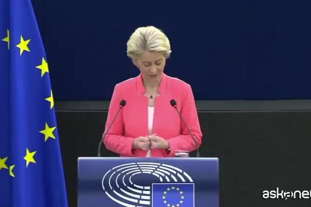 Bebe Vio ospite del Parlamento europeo, standing ovation a Strasburgo