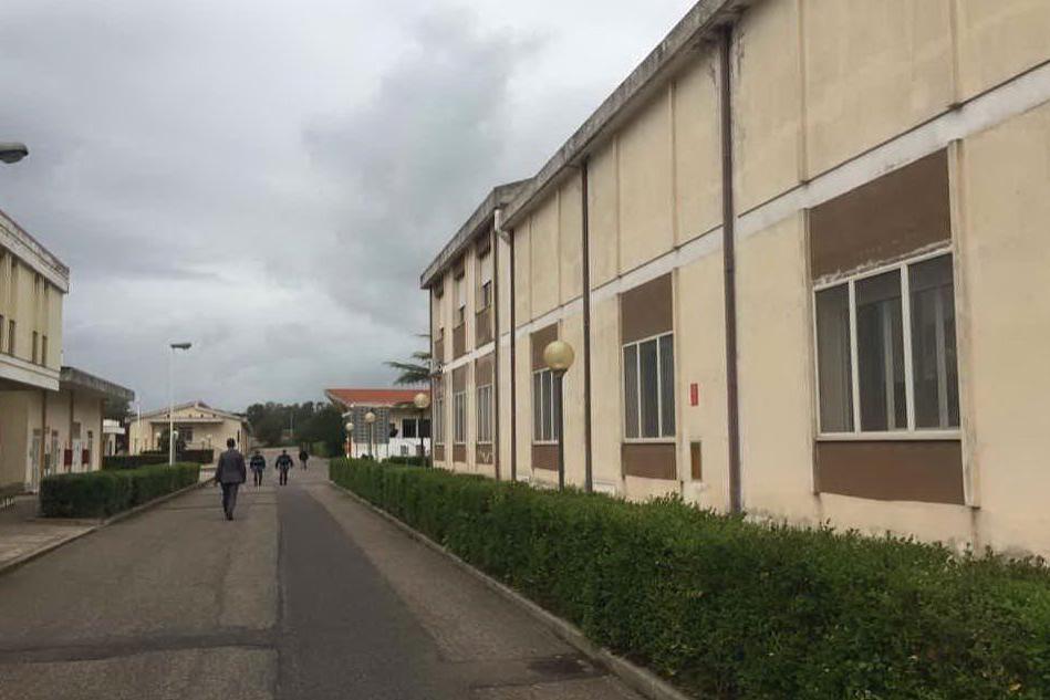 """La scuola di polizia di Abbasanta con una vecchia linea internet: """"Impossibile essere efficienti"""""""