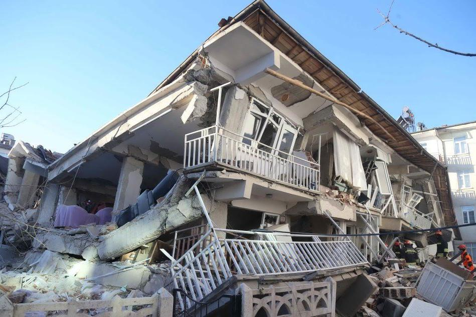 Terremoto in Turchia, morti e feriti