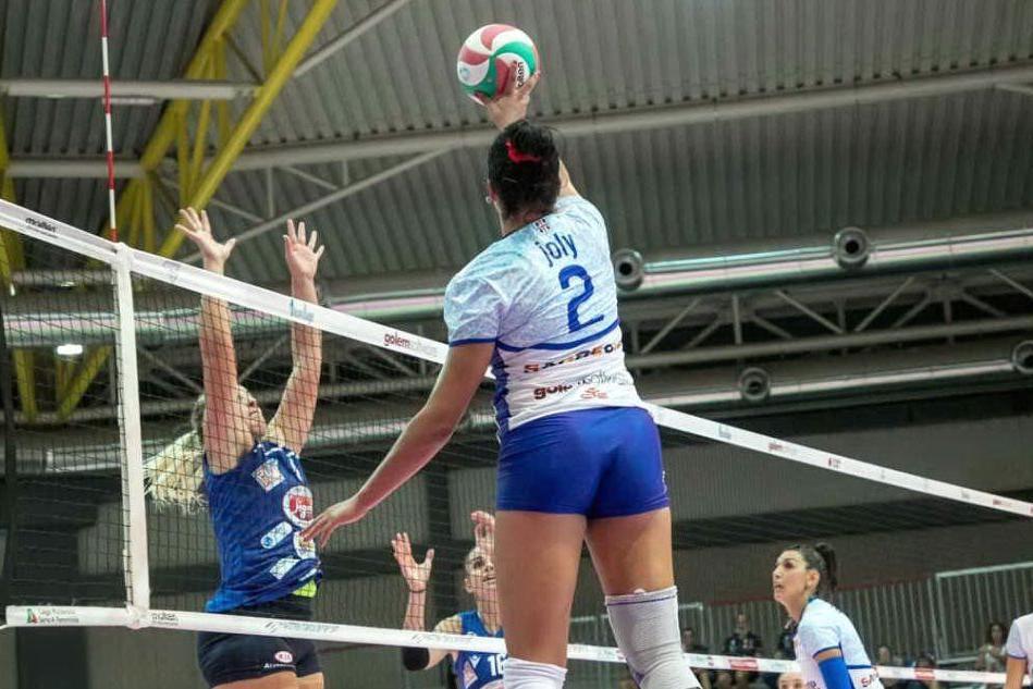A2 femminile, tabù tie-break: Hermaea Olbia sconfitta 2-3 anche a Pinerolo