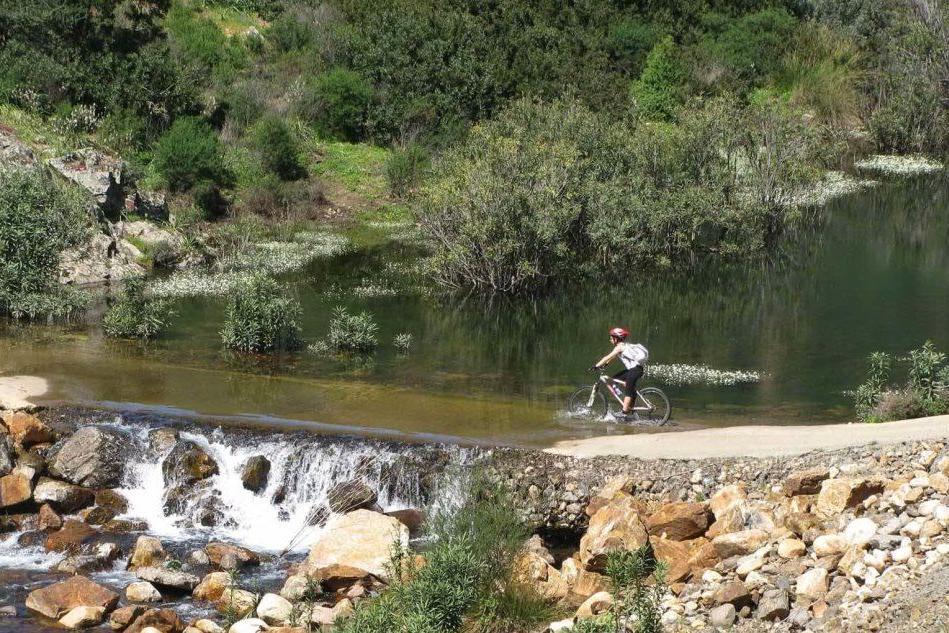In bici sino a Monti Nieddu per la pedalata ecologica