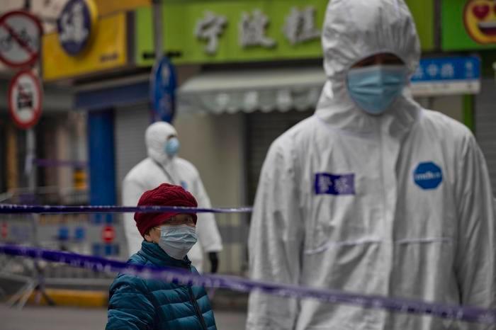 """Saltano le maratone di Pechino e Wuhan: """"In aumento i casi di coronavirus"""""""