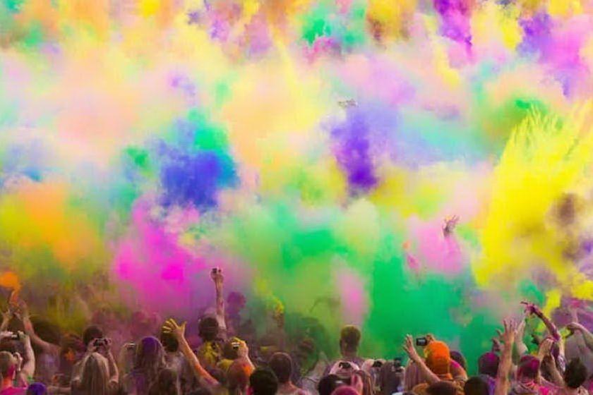 Si accende l'estate macomerese tra balli, musica e festival