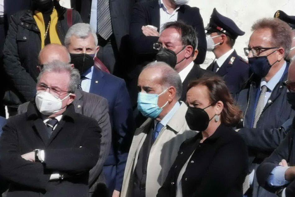 Sassari, addio al prefetto Carlo Mosca: ai funerali anche Lamorgese e Pisanu