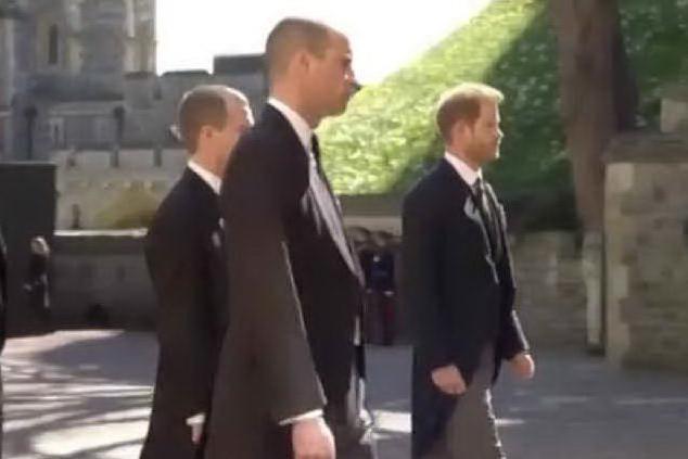 William ed Harry separati da un cugino per il corteo di Filippo