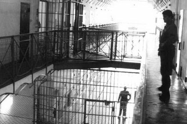 """""""Il futuro oltre le sbarre"""": dibattito sulle carceri e sul recupero della persona"""