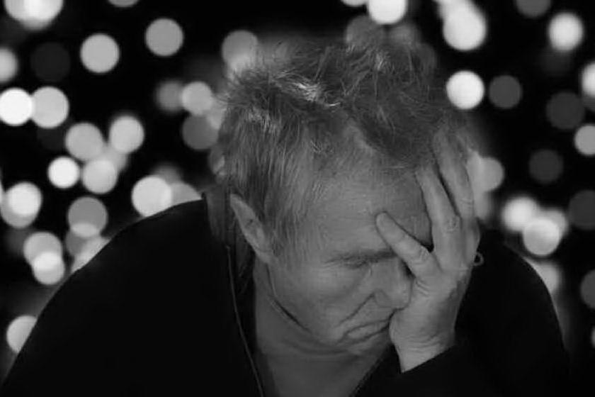 """Sperimentazioni """"selvagge"""" sui malati di Alzheimer, bufera in Francia"""