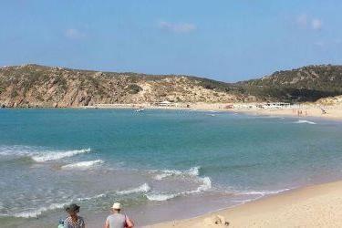 La spiaggia Su Giudeu in una immagine scattata questa mattina