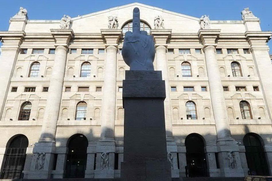 Borsa: Piazza Affari chiude in negativo, Fca maglia nera