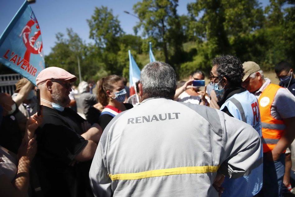 Renault annuncia il taglio di quasi 15mila posti lavoro