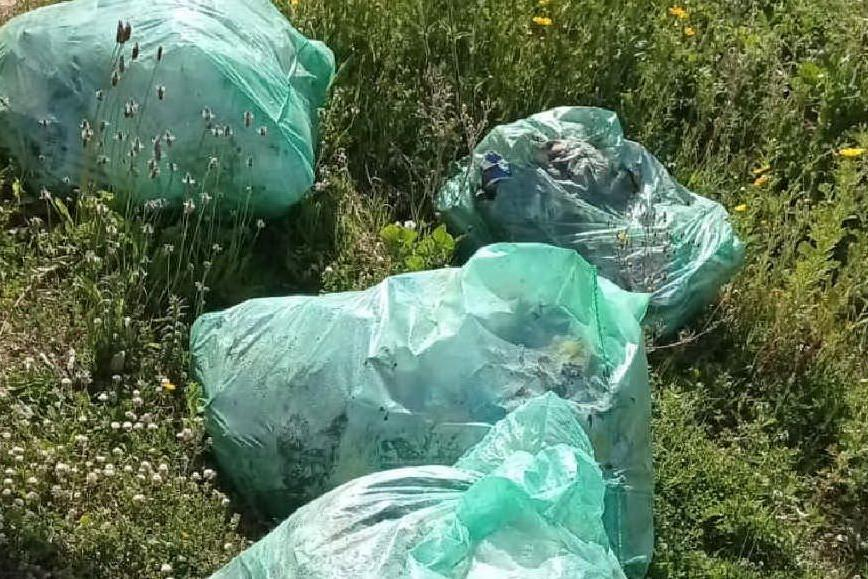 Porto Torres, discariche di rifiuti e amianto: caccia ai responsabili
