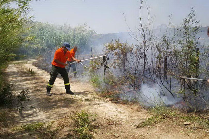 L'incendio del primo pomeriggio nelle campagne di Collinas