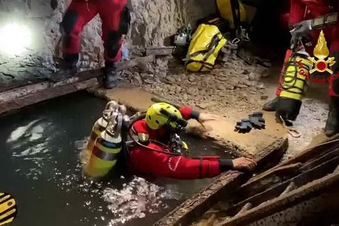 Vigili del fuoco: esercitazione nella miniera di Reigraxius