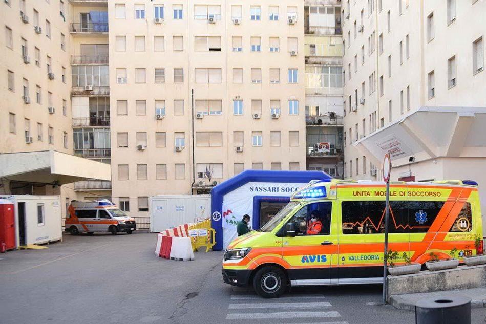 Pre triage al pronto soccorso del Civile di Sassari (L'Unione Sarda - Calvi)