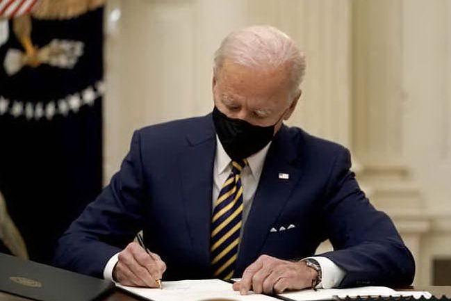 """Sanità e aborto, Biden """"cancella"""" Trump. Prossima settimana decreti immigrazione"""