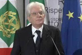 Mattarella legge i nomi delle vittime di femminicidio