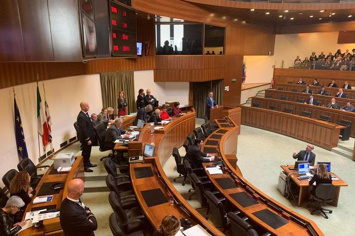 Emergenza roghi: un ordine del giorno votato all'unanimità in Consiglio regionale