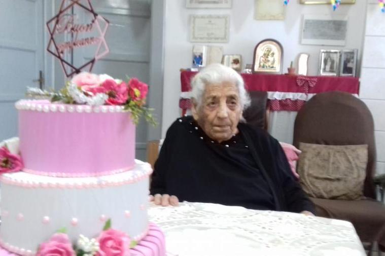 Carbonia, addio a tzia Raffaela: aveva 106 anni