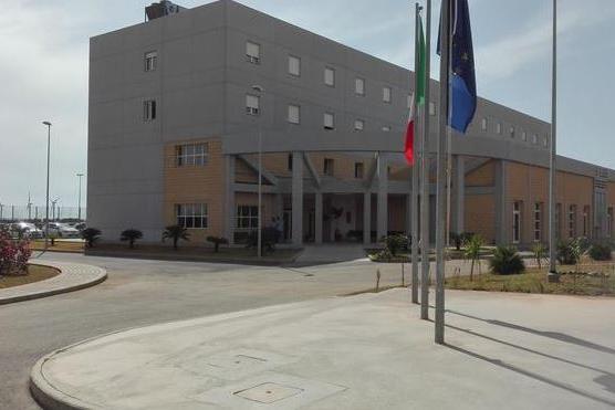 Il carcere di Uta (Ansa)