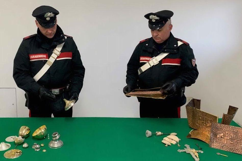 La refurtiva (foto carabinieri)