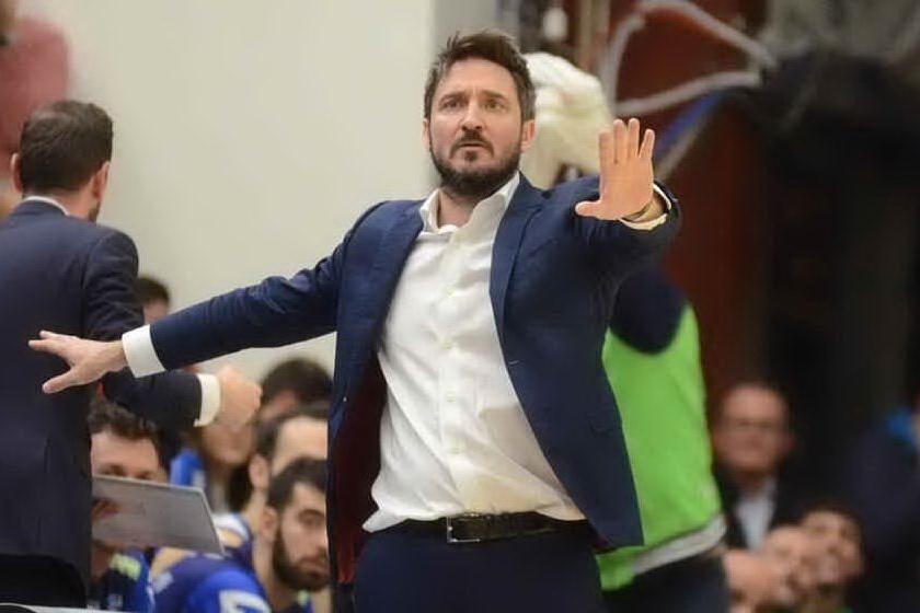 Dinamo scippata dal Nymburk che rimonta e vince 90-89