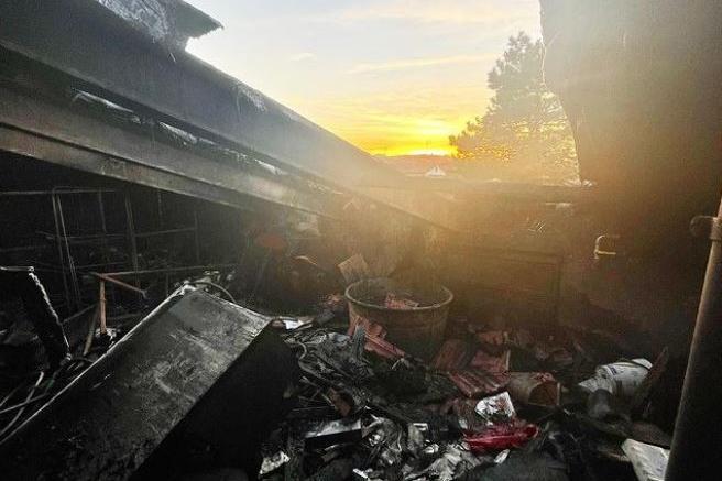 Dramma per il senatore Matteo Richetti, a fuoco l'abitazione di famiglia