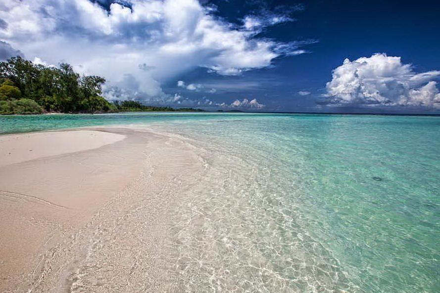 Turista italiana trovata morta in spiaggia