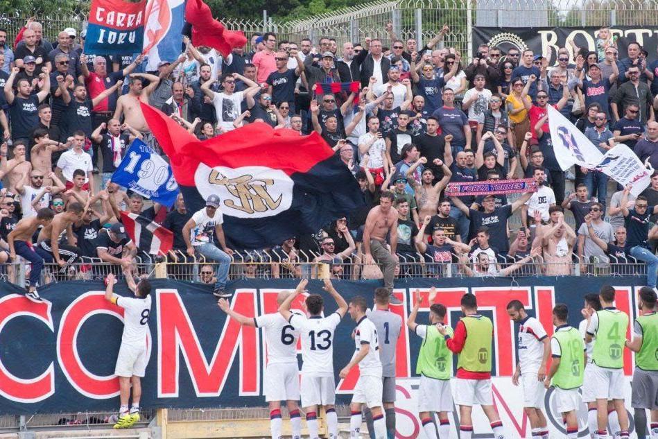 Serie D: la Torres va in Corsica per un'amichevole col Bastia