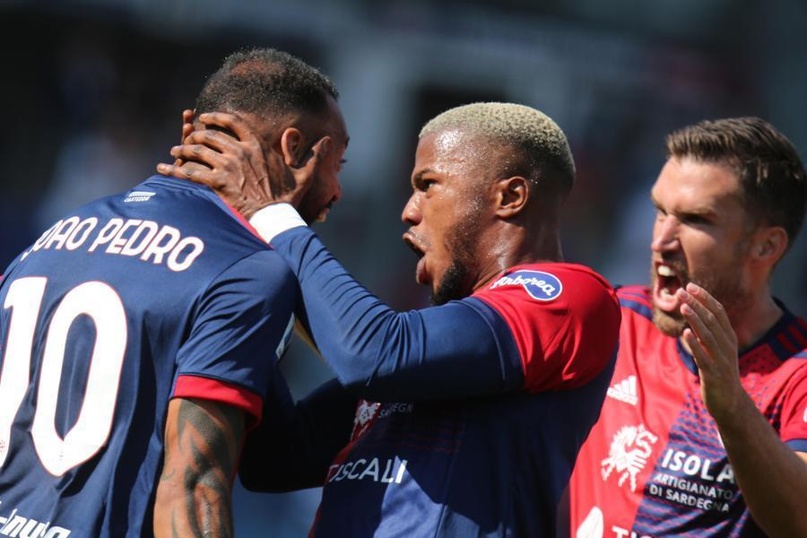 Il Cagliari centrala prima vittoria: contro la Sampdoria finisce 3-1