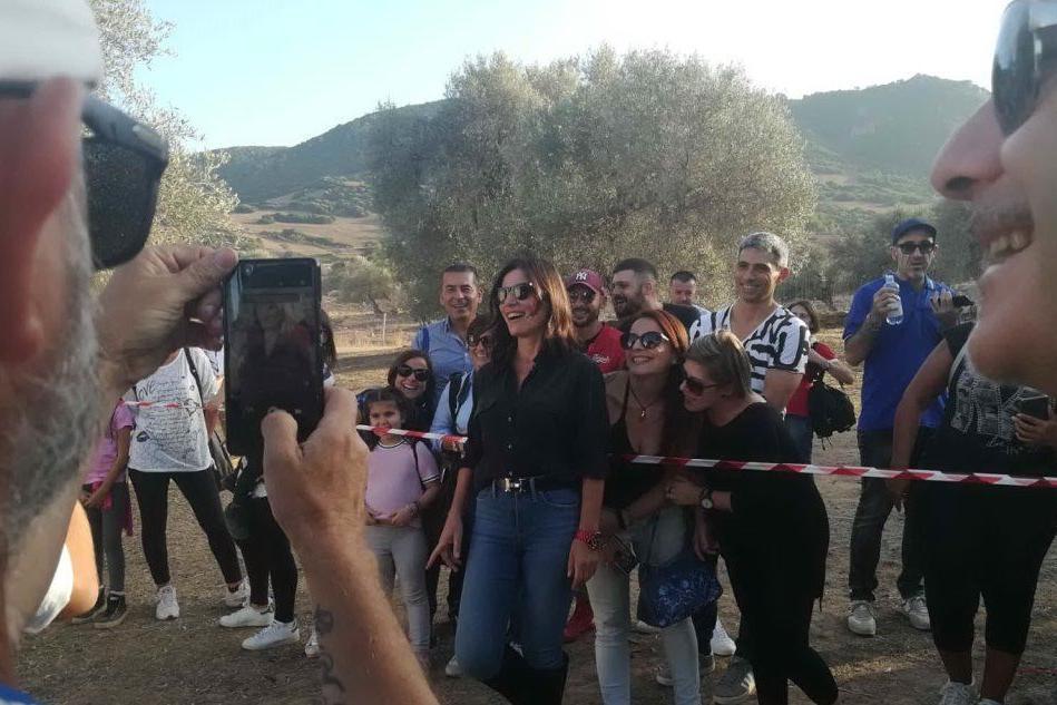 Villamassargia, Lucidosottile e Paola Turci accendono la Sagra delle Olive